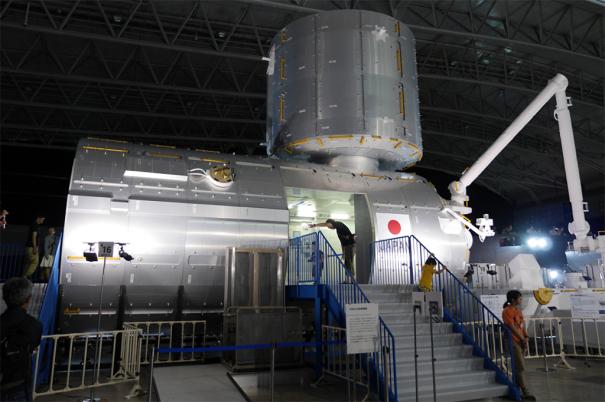 国際宇宙ステーション(ISS)の「きぼう」日本実験棟の実物大モデル [photo: Travel Online News]