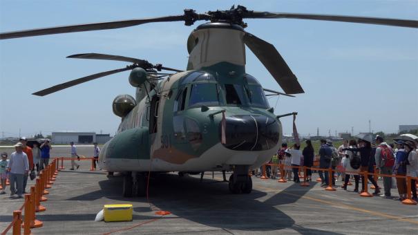 内部を見学できたCH-47J輸送ヘリ