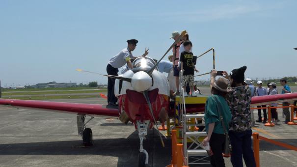 T-7練習機のコックピット見学