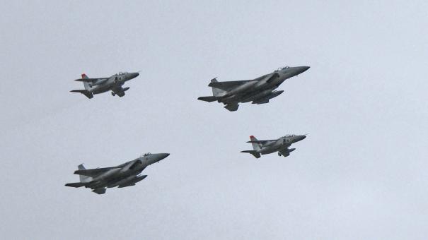 F-15とT-4によるオープニングフライト