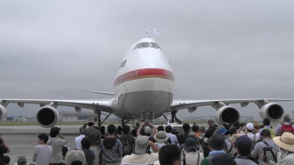 展示飛行を終えた政府専用機
